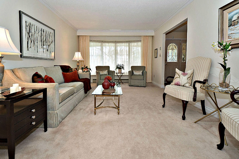 Home Staging Toronto Living Room